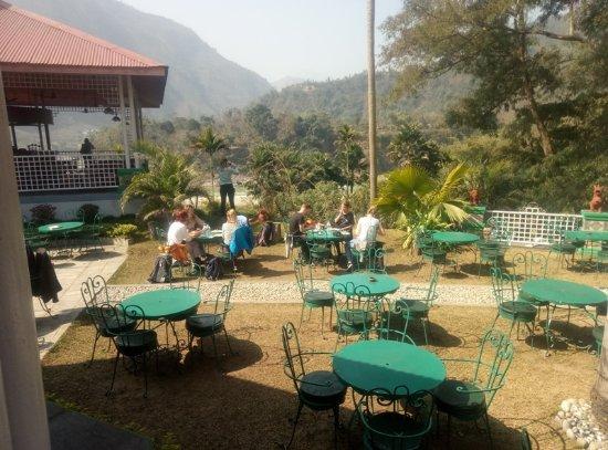 Kathmandu Valley, Nepal: Greenline passengers enjoying the lunch in the Sun