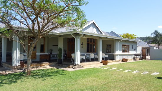 Vryheid, South Africa: Our beautiful front garden