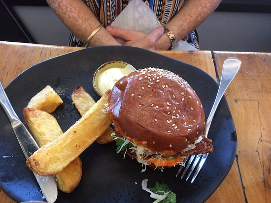 Inglewood, Australia: Chicken Burger