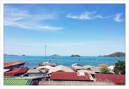 Sattahiptale Boutique Guesthouse & Hostel: Sattahip Bay & Fisherman's Village