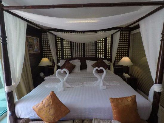 โรงแรมโบราเคย์ แมนดาริน ไอส์แลนด์