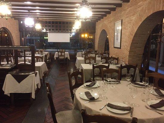 Tres Cantos, España: Le esperamos a cenar. Buenos precios y mejor atención personalizada