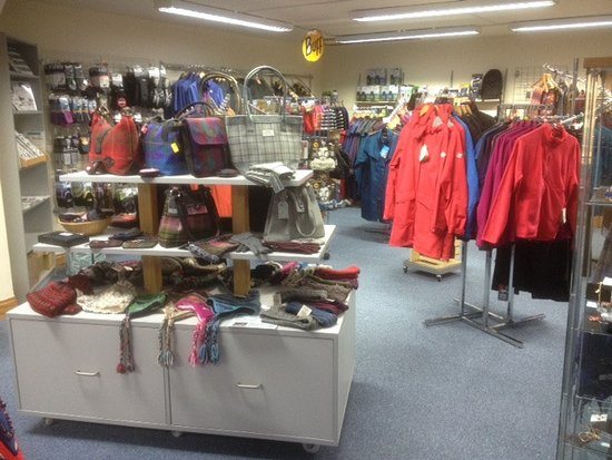 Tomintoul, UK: Selection of outdoor/fashion clothing and accessories