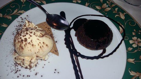 Musile di Piave, Italy: Tortino con gelato