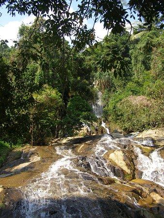 Foto de Na Muang Waterfall