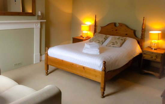 The Bosuns Chair UPDATED 2018 Guest house Reviews Lymington