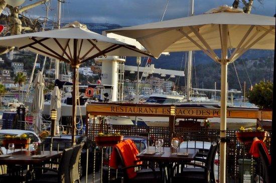 Es Raco des Port: Die Restaurantterrasse