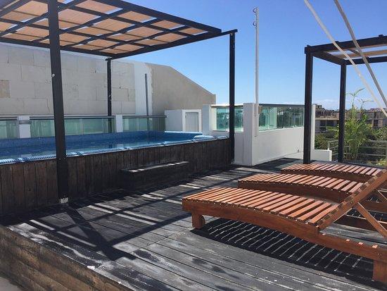 La Playa Condohotel