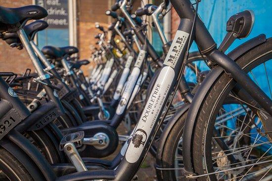 DoubleTree by Hilton Hotel Amsterdam - NDSM Wharf: Bicycle Rental