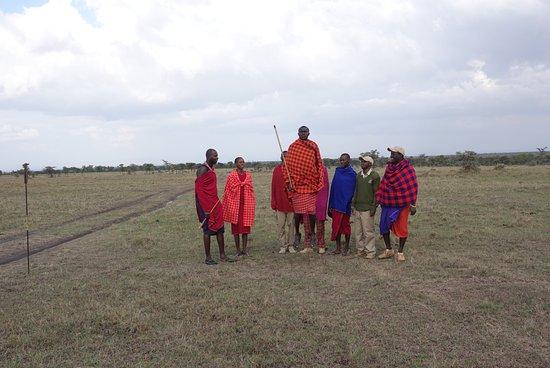 Porini Rhino Camp: Het kamp wordt gerund door Kenianen, vooral uit de Masai Mara. Zij geven info over hun cultuur