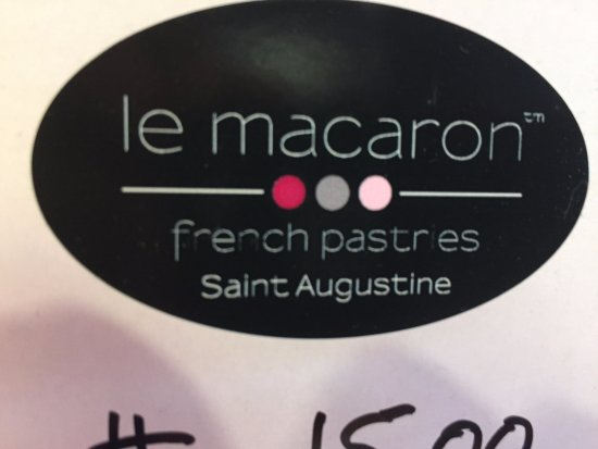 Le Macaron French Pastries: shop sign