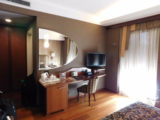 BEST WESTERN Hotel Madison Photo