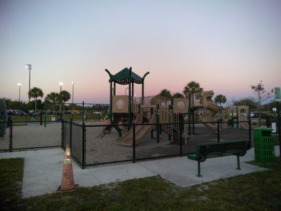 มิรามาร์, ฟลอริด้า: Playground, trails