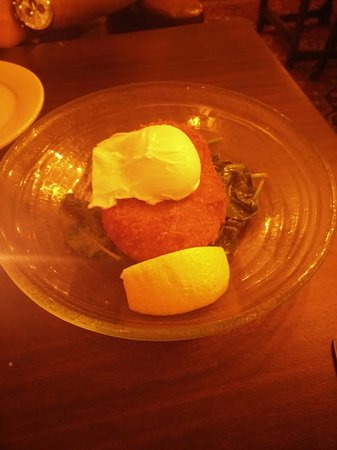 The Mitre in Lancaster Gate: Fish cake