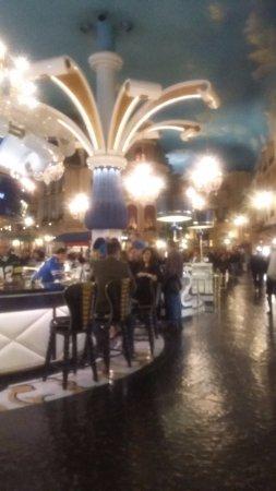 Paris Las Vegas: sector confiterias
