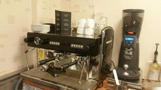 Katie's Country Cafe and Flowers: Rijo Coffee Machine