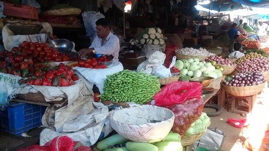 Gitanjali Homestay: Local market - Mysore.