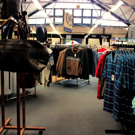 De Bradelei Wharf: Menswear