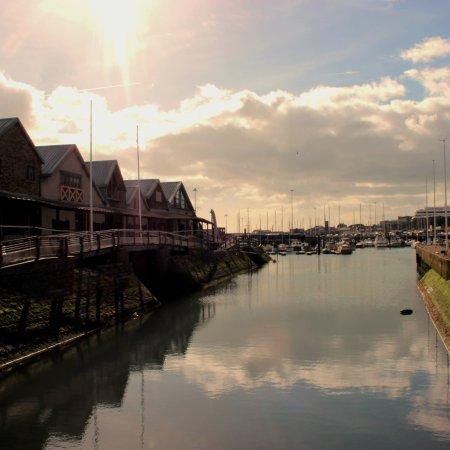 De Bradelei Wharf