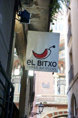 El Bitxo: Signage