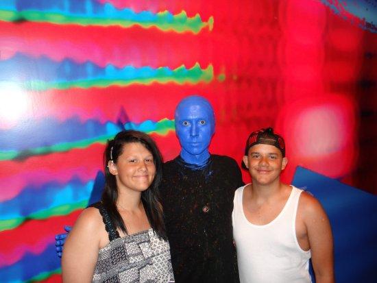 Blue Man Group: Blue