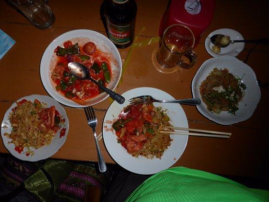 Shwe Ou Food Garden: Excellent meal.