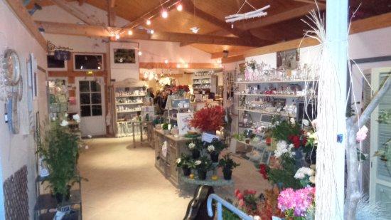 La Roseraie de Provins: El local comercial.