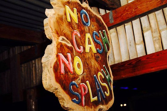 Monty's Fish Grill and Bar- No Cash No Splash!