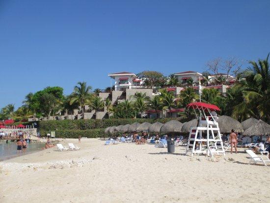 Decameron Barú: Playa principal