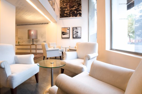 Sercotel Amister Art Hotel: Hall