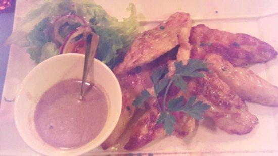 La Galejade: aiguillettes de poulet, sauce au poivre