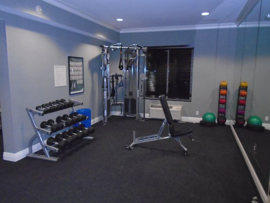 Ayres Hotel Fountain Valley/Huntington Beach: Fitness room