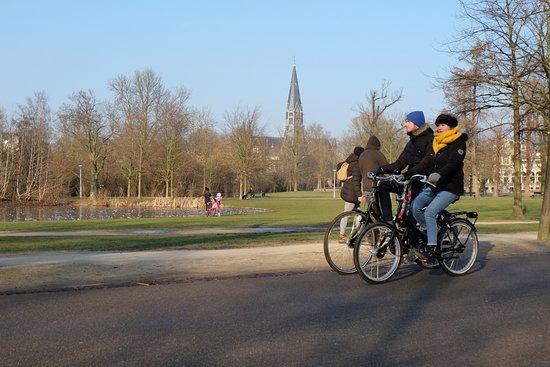 Amsterdam Black-Bikes: Vondelpark ride