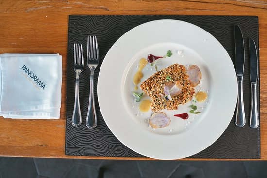 PANORAMA Restaurant, Bar & Lounge: Crunchy Black Meagre