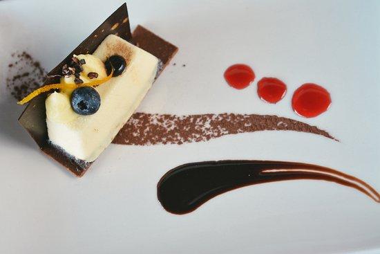 PANORAMA Restaurant, Bar & Lounge: Chocolate Mousse