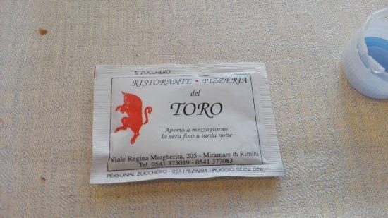 Ristorante Pizzeria del Toro: Bustina dello zucchero, con dati del ristorante.