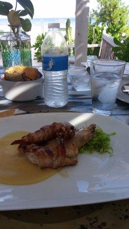 Momo Hoja: Grilled jumbo shrimp