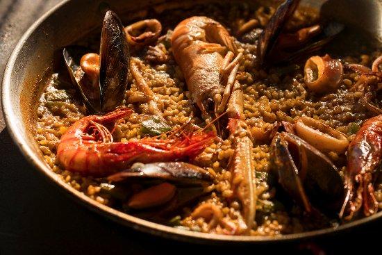 Paella de marisco by Casa Pescado