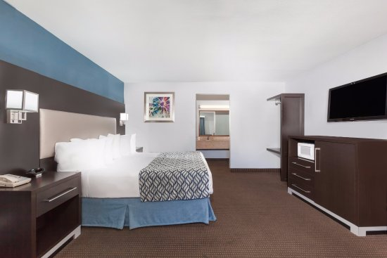 Days Inn by Wyndham Austin/University/Downtown: King Deluxe