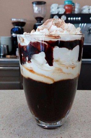 L'Art del Cafe: AMORE ITALIANO. Coctel de cafè amb ron, cafè, nata