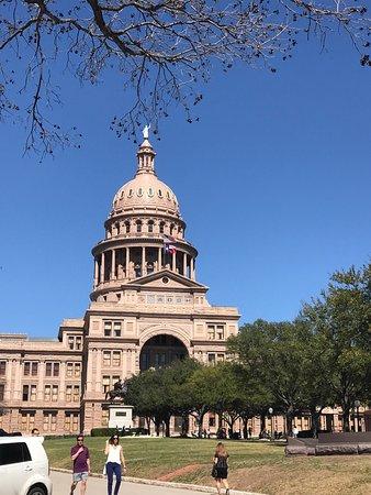 State Capitol: photo3.jpg