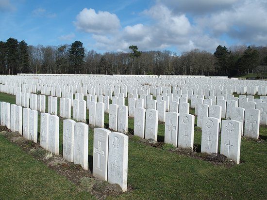 Etaples Military Cemetery: Tranquil setting for those at rest