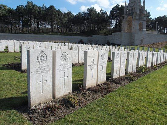 Etaples Military Cemetery: British and German soldiers buried side by side
