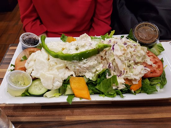 Andrew's Coffee Shop: Chicken Salad