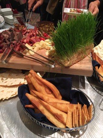 Hilton Columbus at Easton: Banquet break food.