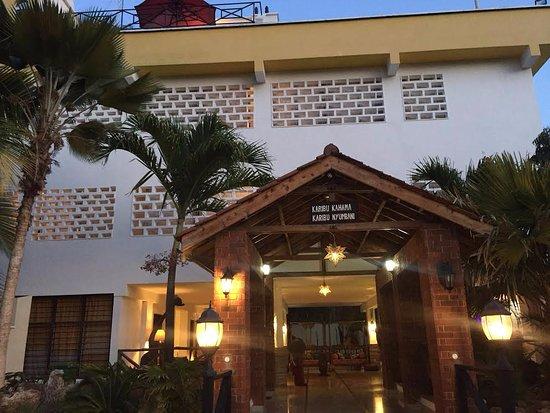 Kahama Hotel Resmi
