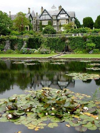 Rowen, UK: Bodnant Gardens