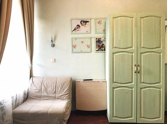Bon-Appart: Семейный номер с общим санузлом