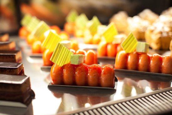 Confectionery ShowRoom Blackberry: Малокалорийные муссовые десерты на основе ягод, фруктов, йогуртов