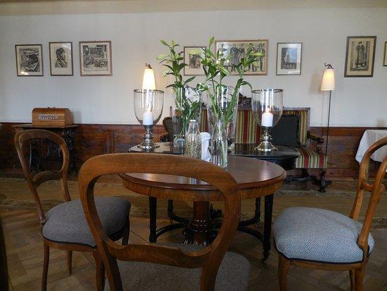 Gd Hotel Bella Tola & St-Luc: Une des salles à manger